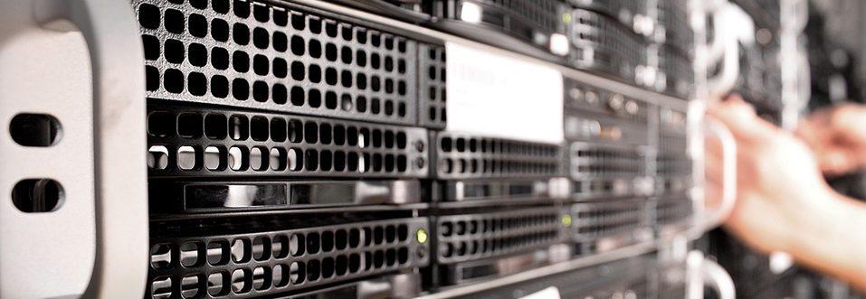 Server mit ausgefallener Festplatte raid 5